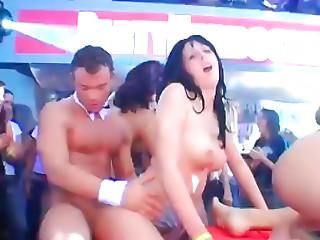 Party Hardcore Vol. 70 Part 3