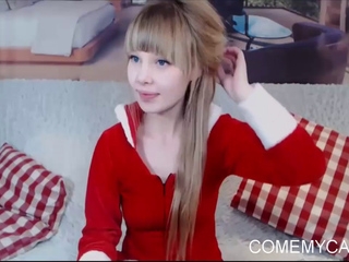 European babe celebrates christmas on webcam with you