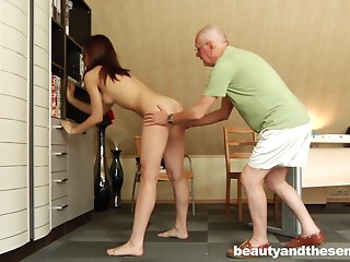 Experienced matured dude bonks a very hot beauty